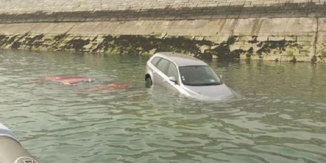 How to break the window of a car in the water? This thing could save lives.