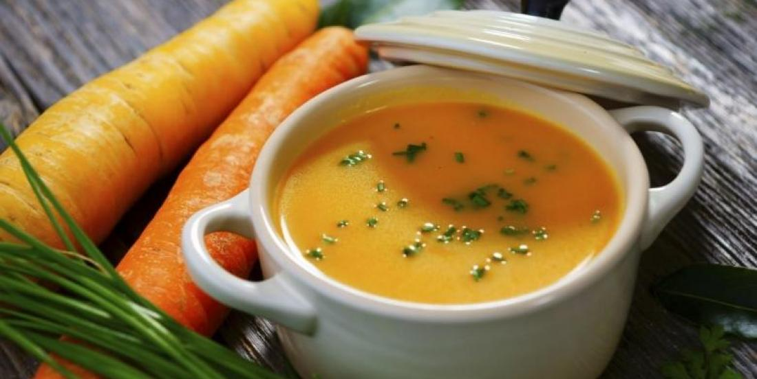 Carrot, apple and ginger soup.. a perfect mix for cold days.