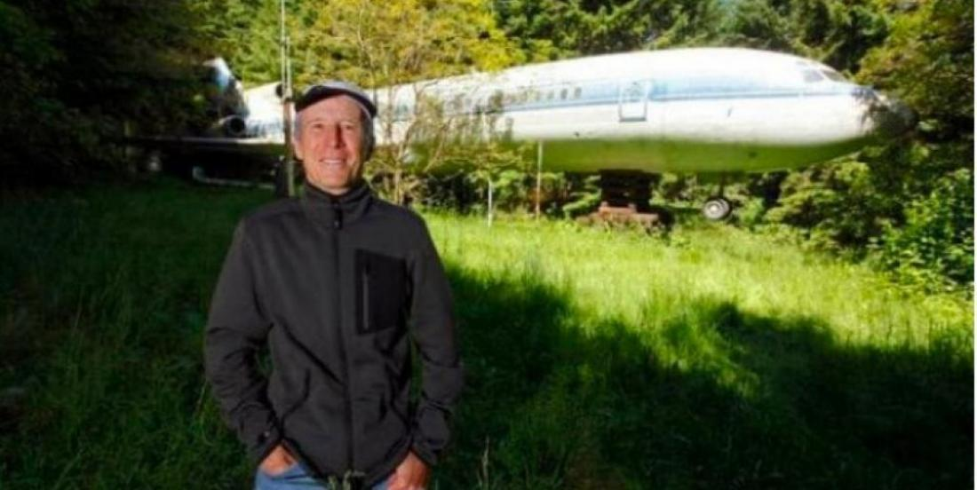 A man buys this old airplane and turns it into his home.