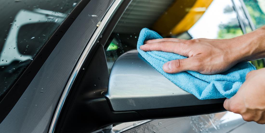 Thinking of washing your car? Use vinegar!