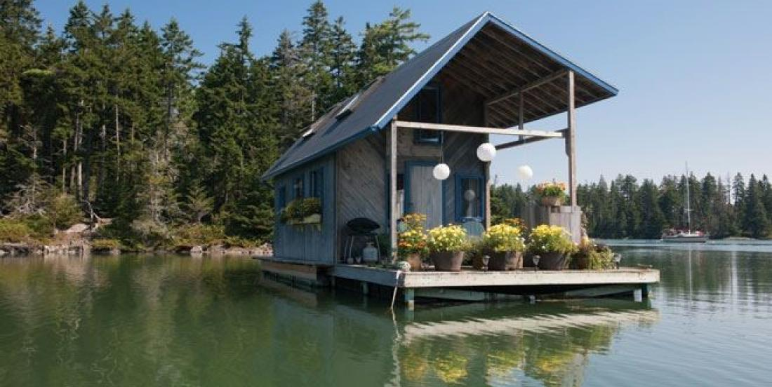 This beautiful Maine house is literally floating!