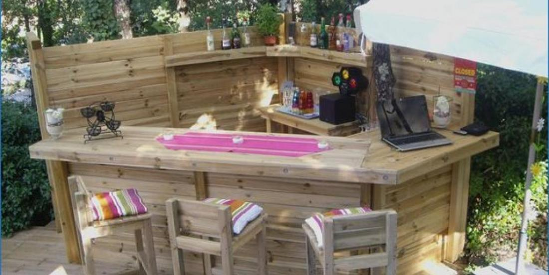 24 outdoor bars that would be wildly successful in your garden!