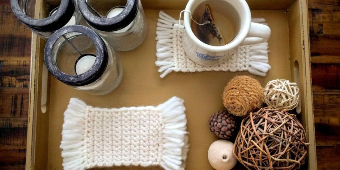 Beginner crochet project: adorable little mug rugs!